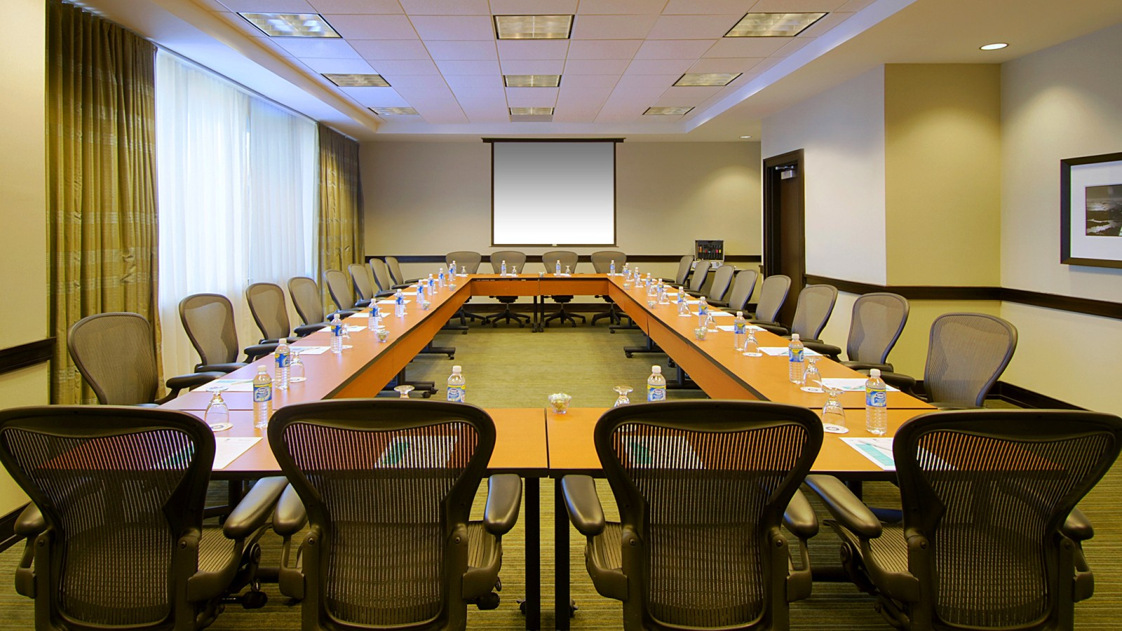 Douglas Executive Boardroom - Sheraton Miami Airport Hotel & Executive Meeting Center