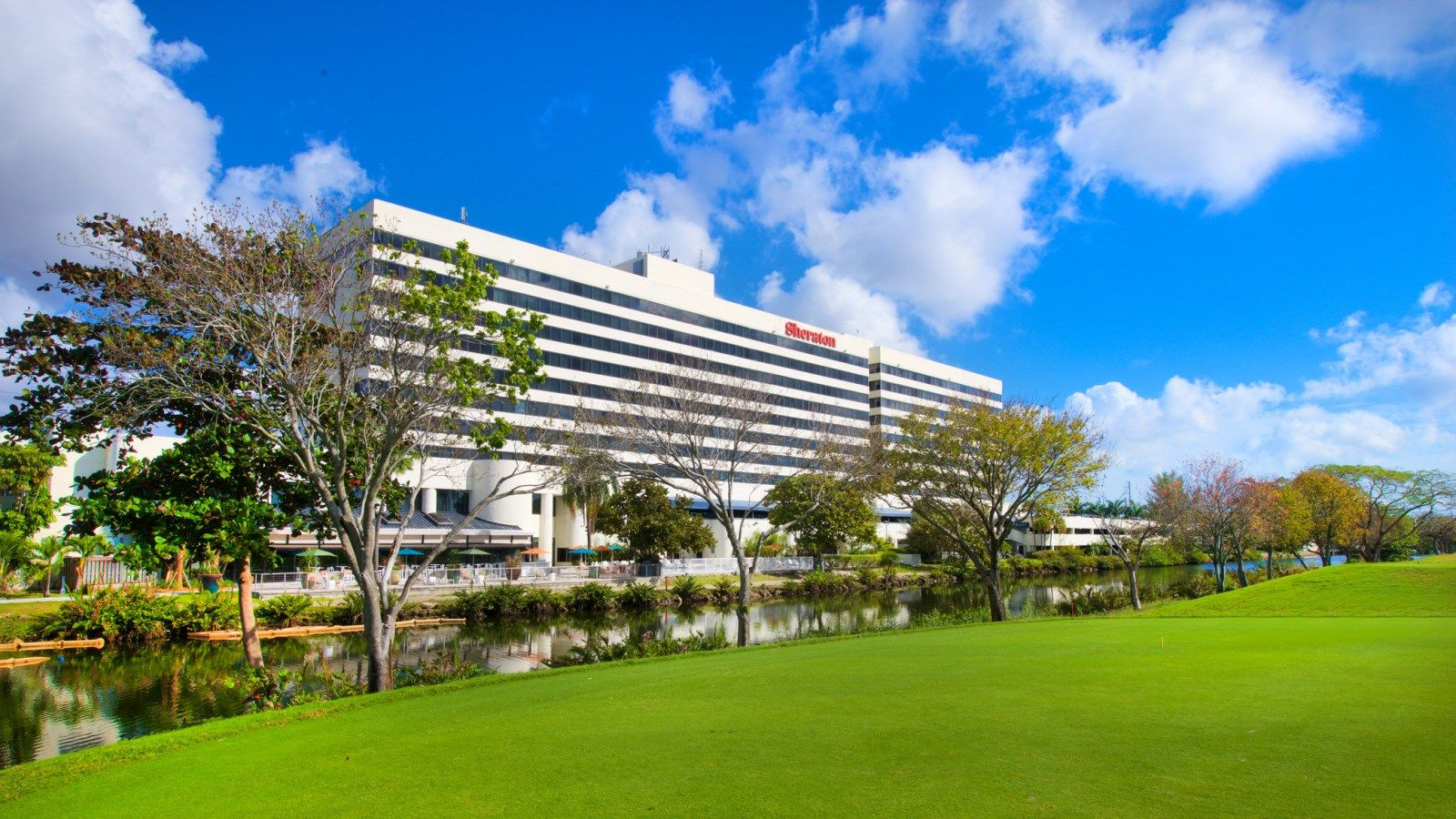 Exterior - Sheraton Miami Airport Hotel & Executive Meeting Center